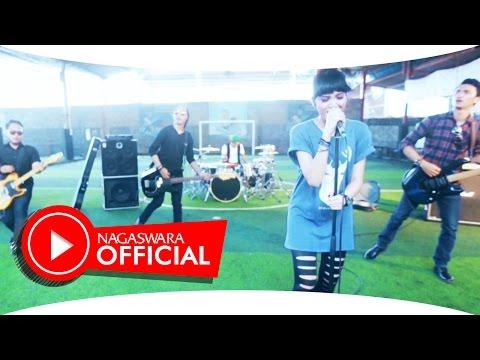 retweet-kumohon-kembali-official-music-video-nagaswara-music-pop