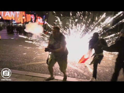Euro 2016 - Affrontement et célébration sur les Champs-Elysées après la finale - 10/07/16