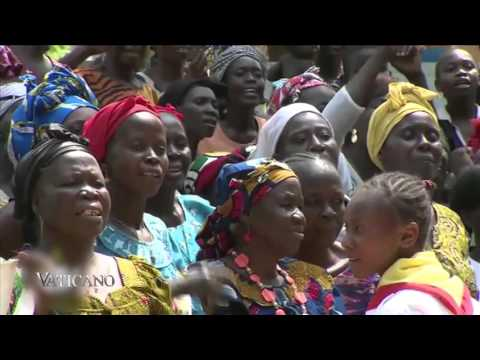 Vaticano 225 - 2015-12-06 - Pope Francis in Africa