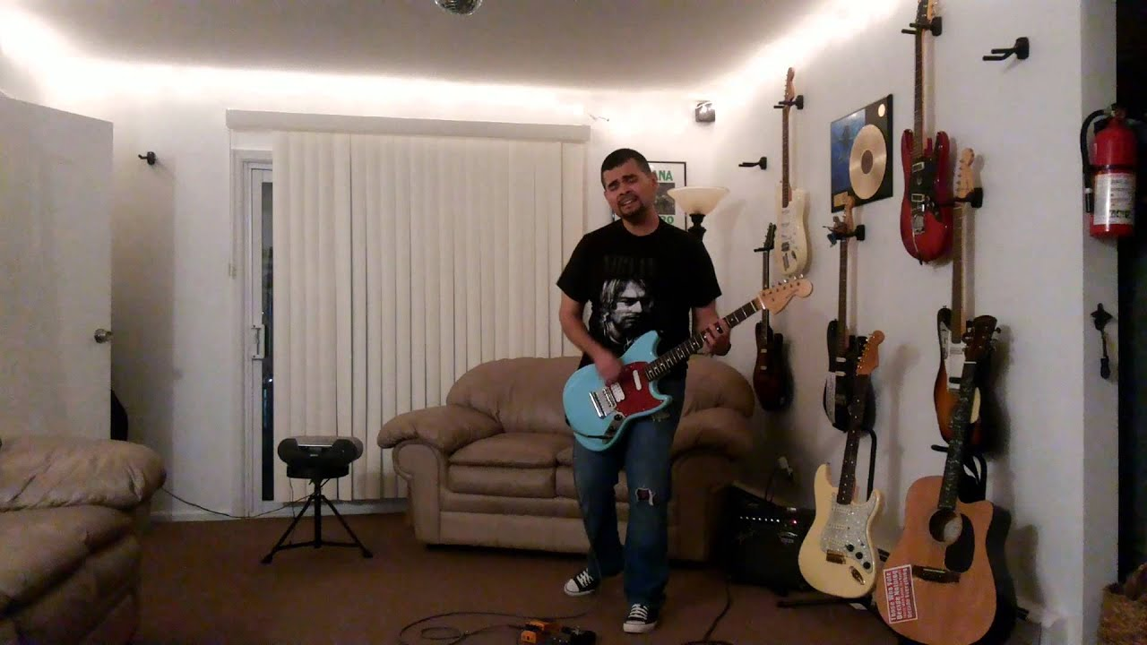 lithium fender mustang sonic blue 1969 boss ds 2 small clone nirvana cover by ozk r stalin. Black Bedroom Furniture Sets. Home Design Ideas