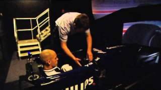 Pastor Maldonado drives the Williams F1 simulator