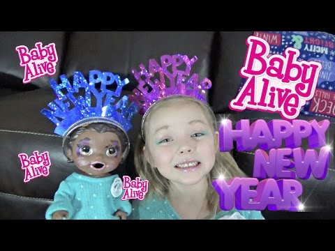 BABY ALIVE gets a MAKEOVER! BABY ALIVE Celebrates NEW YEARS! The Lilly and Mommy show!