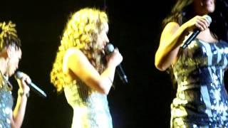 American Idol ladies (minus Lauren) Performing
