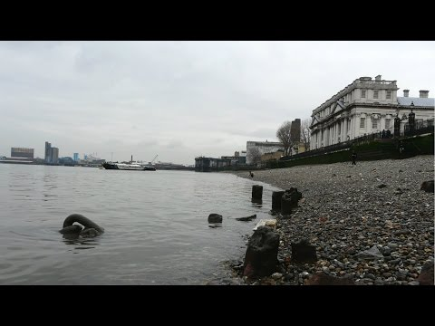 Vanishing Archaeology: The Greenwich Foreshore - Nathalie Co