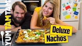 Nachos Deluxe // mit Hackfleisch, Champignons und viel Käse // #yumtamtam