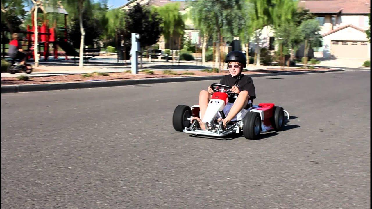 seth road tests the extinct minimoto go cart from honda youtube. Black Bedroom Furniture Sets. Home Design Ideas