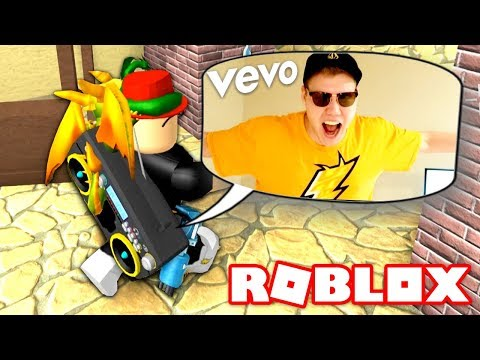 PLAYING ROBLOX DISS TRACKS ON THE RADIO TROLL!! (Roblox Murder Mystery X)