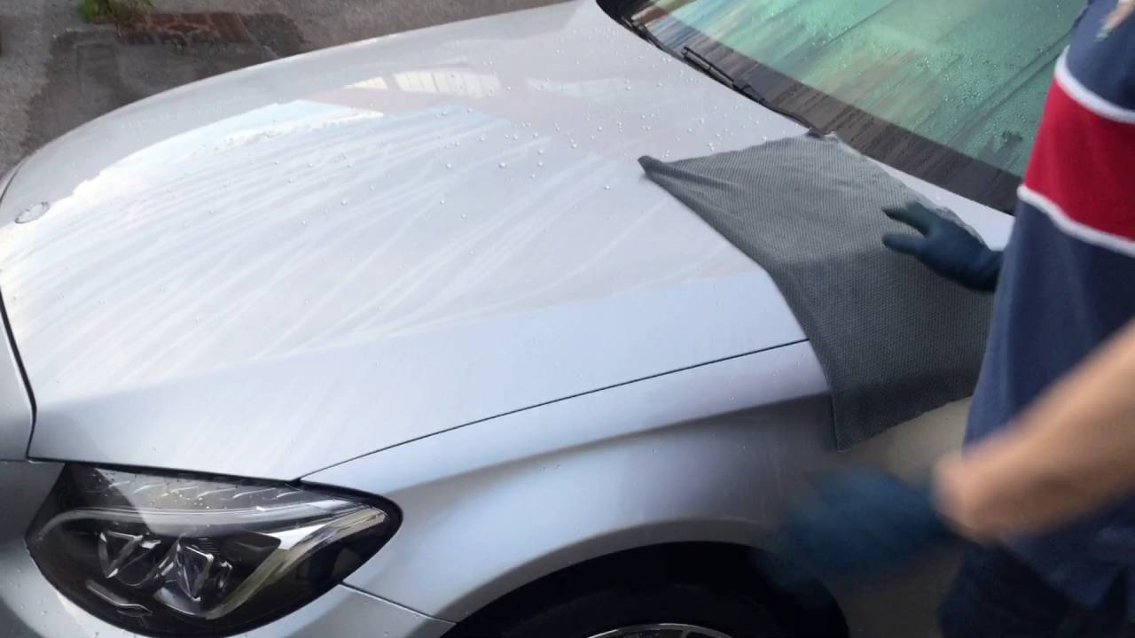 Panno Microfibra Per Asciugare L Auto.Asciugatura Auto Con Gtechniq Mf4 Youtube