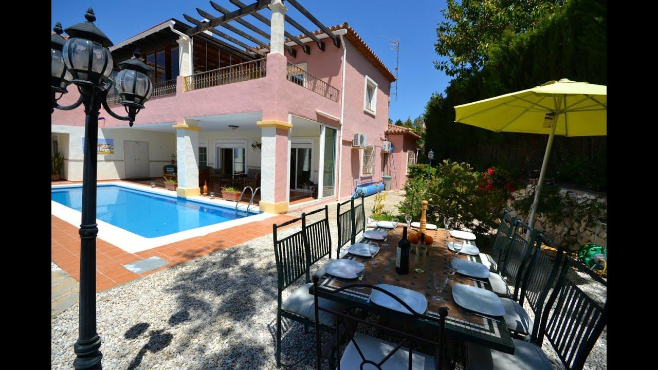 Villa to rent as holiday let in El Paraiso, Benahavis ...
