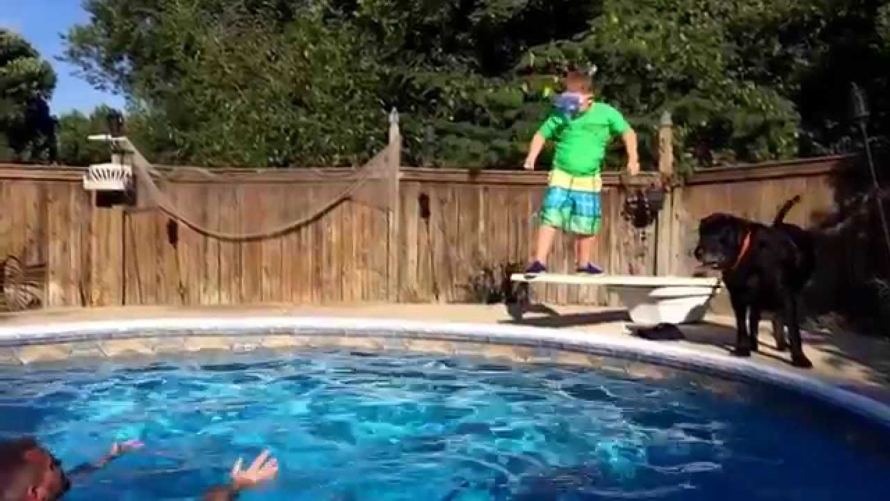 Cliff diving- front flip fail - YouTube