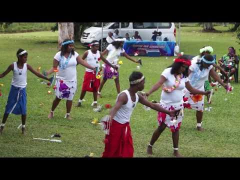 Torres Strait Islander dances, Yarrabah  (2)