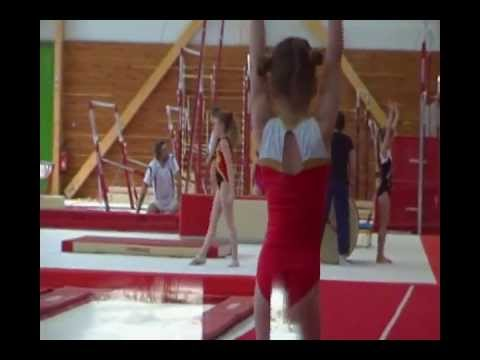Mélanie Au CPD à L'Entente Gym Avignon.wmv