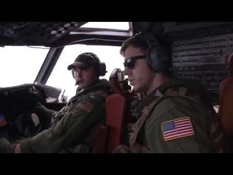 U.S. Navy P-3 Orion conducts search operations for Egyptair flight MS804
