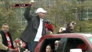 Cardinals Victory Parade 2 10-30-2011 fox2now.com