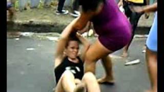 Repeat youtube video Briga de mulher na rua