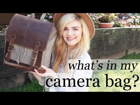 WHAT'S IN MY CAMERA BAG?! | kelly moore pilot backpack review
