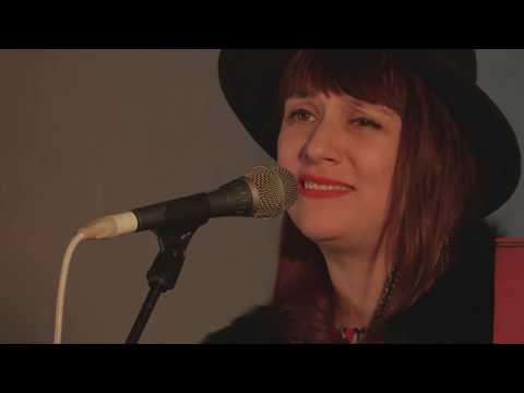 Lena Kaufman (live)