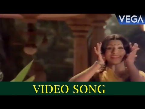 Poo Poo Uthaapoo Kaayaampoo Video Song || Pappu Movie Scenes