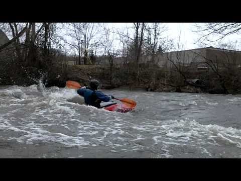 Paddling the clinton river michigan 1 1 11 pt 2 youtube for Michigan one day fishing license