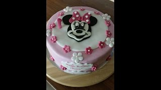 Minnie Mouse Torte Fondant/ Fondant Minnie Mouse cake
