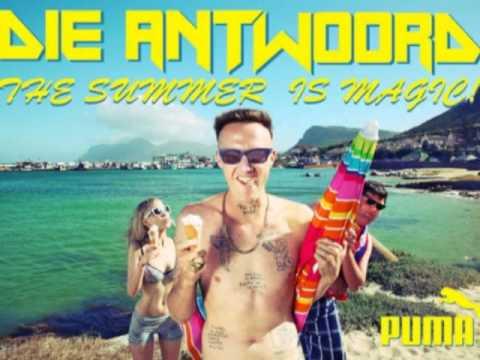 DIE ANTWOORD - VERY FANCY Video.flv