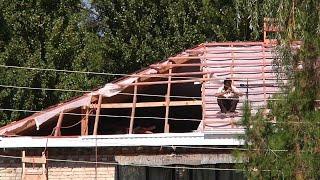 Капитальный ремонт  кровли многоквартирных домов в Черкесске обернулся потопом в квартирах(Как стало известно нашей телекомпании, только за последние три месяца в мэрию города Черкесска поступило..., 2016-09-24T21:56:14.000Z)