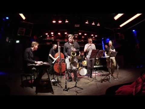 Pablo Held Trio meets guests - Smaragd