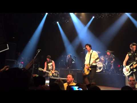 Full Song Tim Armstrong and Green Day Playing Knowledge and Radio at The House of Blues Cleveland O