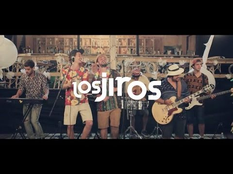 Los Jiros - Tan Solita (Video Oficial)