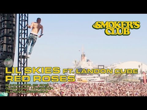 Lil Skies Climbs Scaffolding While Performing Red Roses (Live From The Smokers Club Fest)