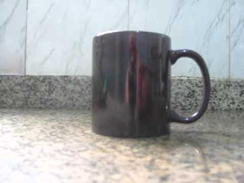 d81aa83f9d Caneca Mágica de Porcelana - YouTube