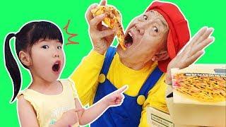 치킨 피자 뽀로로 짜장면 먹방 놀이 Chicken Pororo black noodle pretend play for kids Children   Romiyu Story
