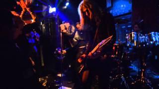 Altar de Fey with Rikk Agnew -