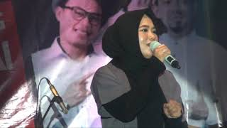 Law Kana Bainanal HabibAnisa Rahman konser amal di Lapangan Batalyon Yonif 621 Barabai