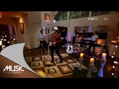 Anji - Resah Tanpamu (Live at Music Everywhere) *