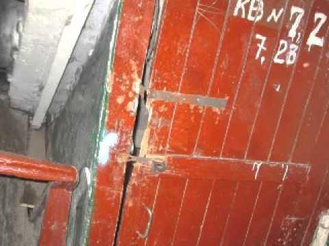 Студентка МГУ выбросилась из окна 16 этажа общежития.