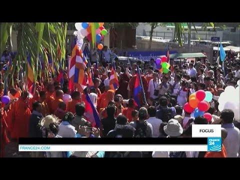 Australia 'resettles' asylum seekers to Cambodia