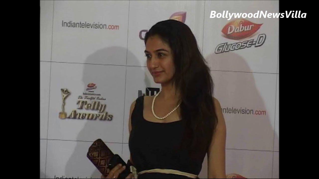 Anjali Mehta – Fondos de Pantalla
