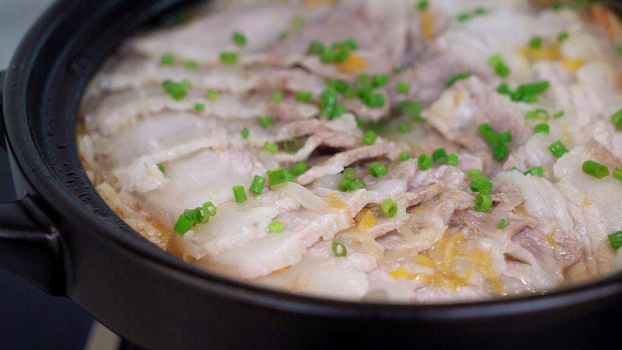 酸菜白肉的家常做法,出锅酸爽开胃,汤汁拌饭也能吃两碗!【我是马小坏】