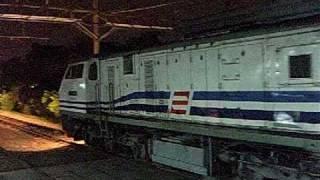 Kereta Api Senja Utama Solo Tambahan