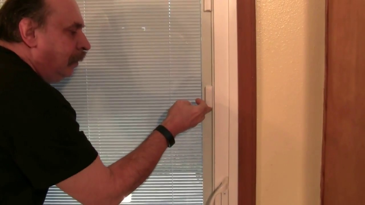 how to fix between the glass blinds