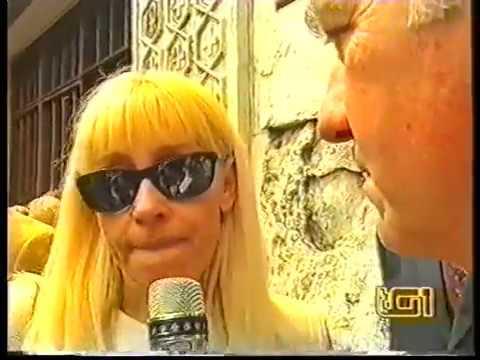 RAFFAELLA CARRA : TG1 POR ENTIERRO DE CORRADO