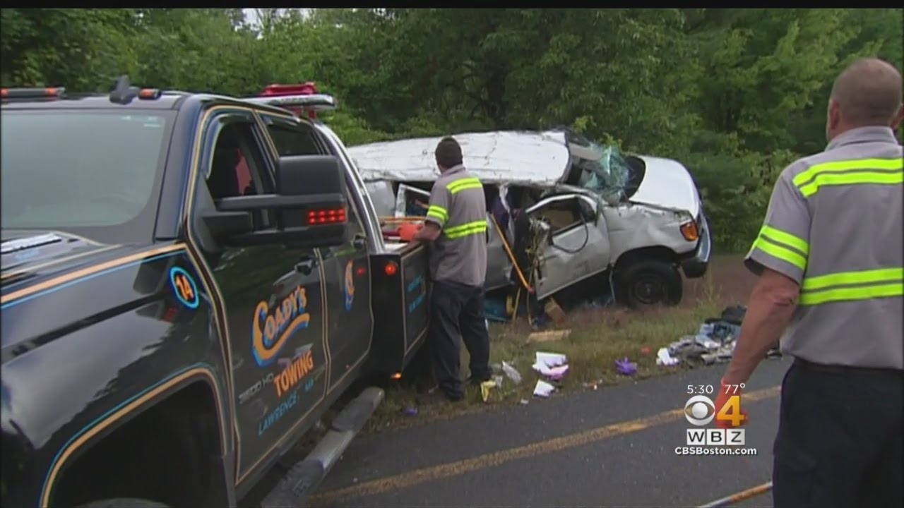 2 Dead, 4 Hurt In Van Crash On I-495 In Merrimac
