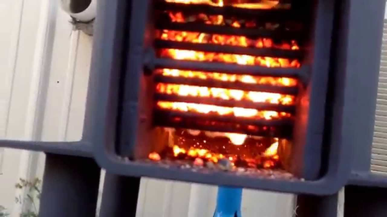 Rocket Stove Burning On Pellets 15 Hour Burn Time On Three