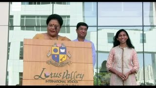 630 Students of Lotus Valley International School, Gurgaon sing Jana Gana Mana in 52 Seconds