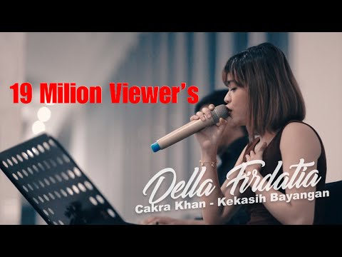 Cakra Khan - Kekasih Bayangan  Live Covered By Della Firdatia Feat. Riza MP3