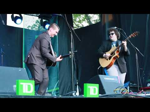 Earle and Coffin at FolkFest41