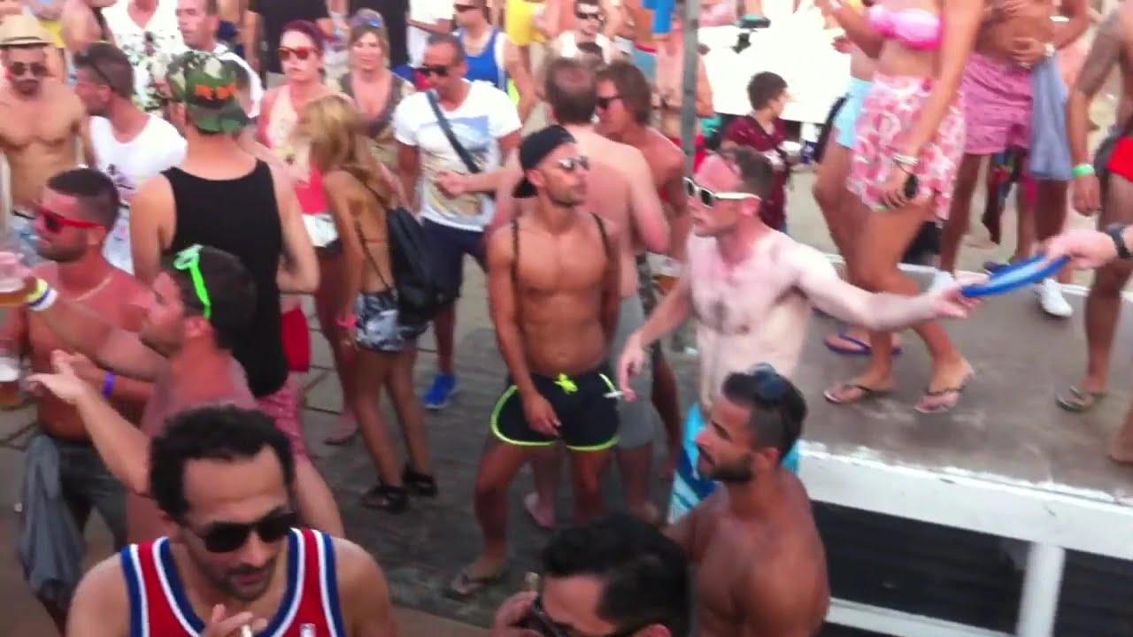 Sexy Topless Dj Milana in Bora Bora Disco Ibiza - YouTube