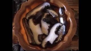Рецепт приготовления - ригинально и просто. Грибы заливные любые.