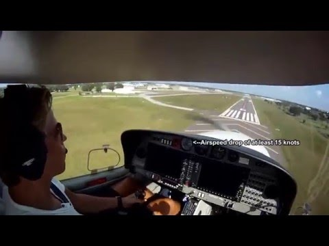 Heavy Turbulence and Wind Shear in a Diamond DA40 at 200 feet Landing at Kissimmee, FL